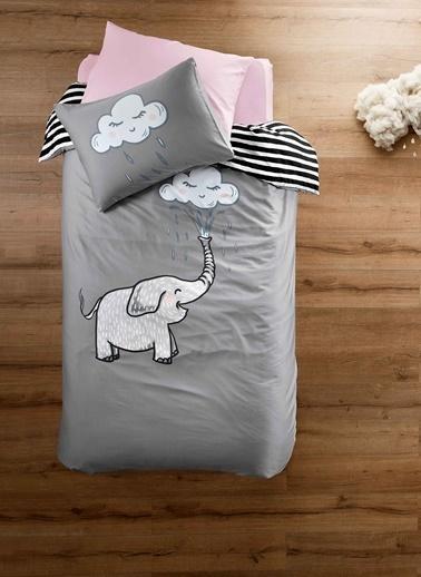 Hibboux 160x220 Friendly Elephant Saten Nevresim + Yastık Kılıfı Renkli